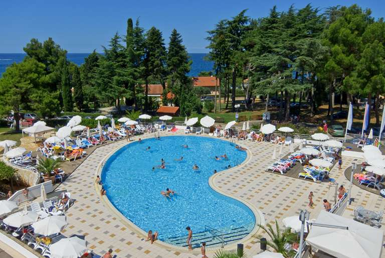 Cooee Pinia Hotel by Valamar ***